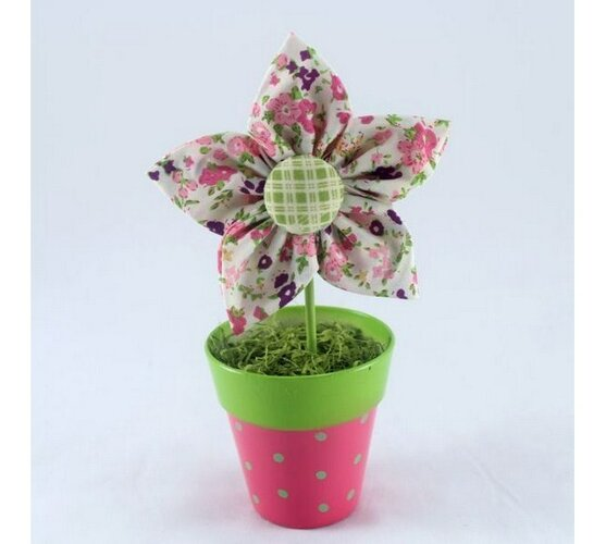 Textilní dekorace květina