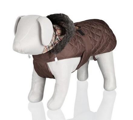 Hnědá vesta Trixie VERONA s odepínací kapucí a kož, 40 cm, S