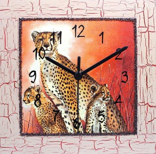 Dekoratívne nástenné hodiny Gepardí rodinka