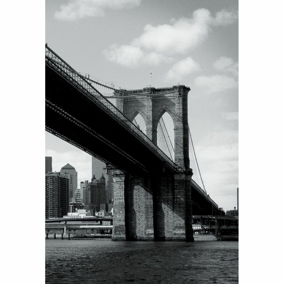 Up and Down Fototapeta Brooklyn Bridge, 158 x 232 cm