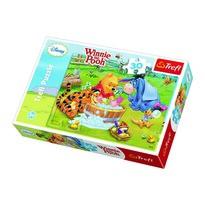 Trefl Puzzle Puzzle Macko Pú - Kúpeľ prasiatka, 30 dielikov