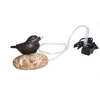 Pompa żeliwna Ptaszek na kamieniu, 15 x 10 x 12 cm