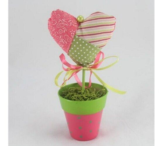 Textilné srdce v kvetináči