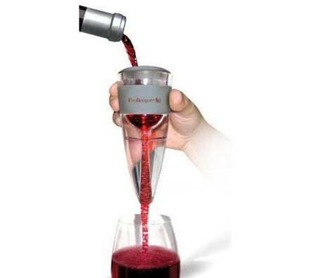 Provzdušňovač vína - areator, transparentní