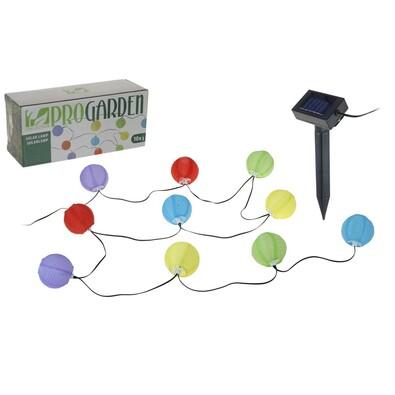 Solární řetěz s lucernami