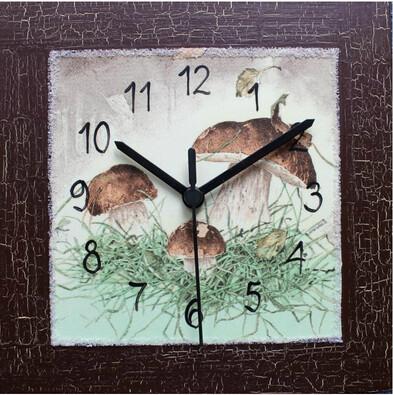 Nástěnné hodiny s houbami