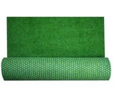 Trávny koberec s nopkami, 133 x 400 cm