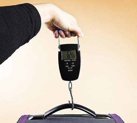 Závěsná ruční váha na kufr