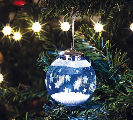 Skleněná vánoční ozdoba s hvězdami
